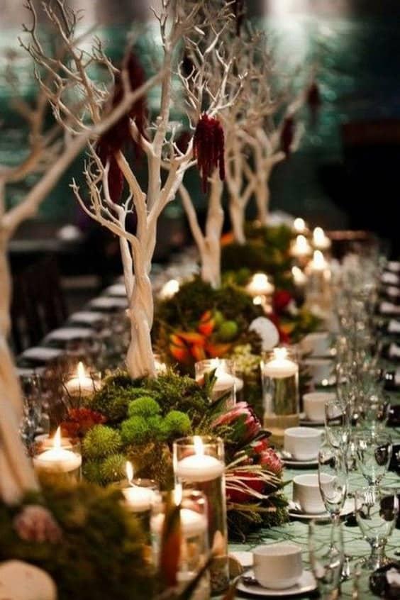 rústico-bosque-musgo-boda-mesa-decoración-ideas-min