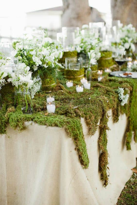 Woodland-Moss-Wedding-Table-Decor-Ideas-Min