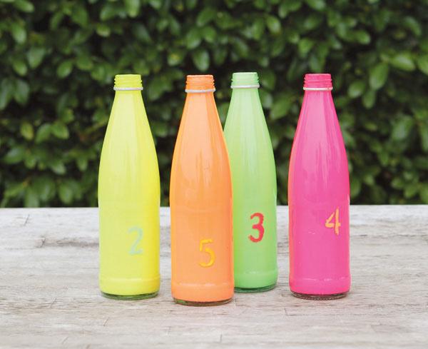 Marcadores de mesa para botellas de bricolaje