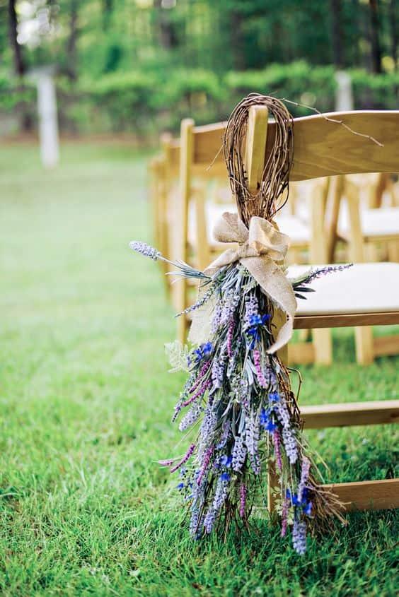 decoración de sillas de lavanda