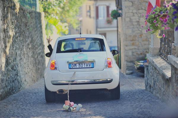 Decoraciones para el carro de los novios hazlo tu mismo.
