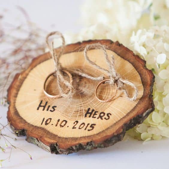 soporte de anillo de madera