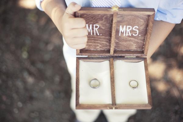 Caja de anillo de bodas de bricolaje
