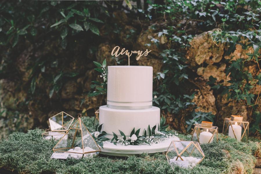 mesa dulce botánica y geométrica