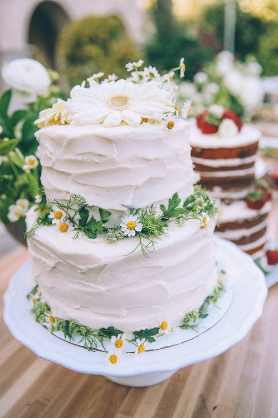 pastel de margaritas con volantes