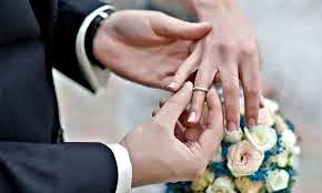 en que dedo va el anillo de matrimonio
